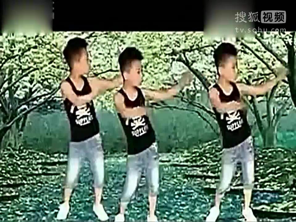 美久广场舞小苹果儿童版2高清(1)